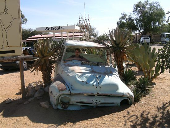 Carcasses de voitures à Solitaire